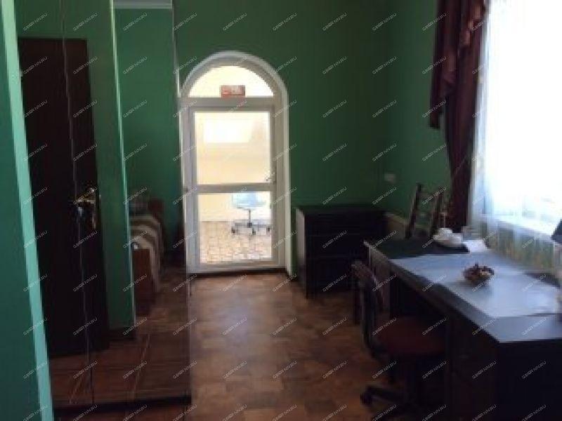 коттедж в слободе Александровская