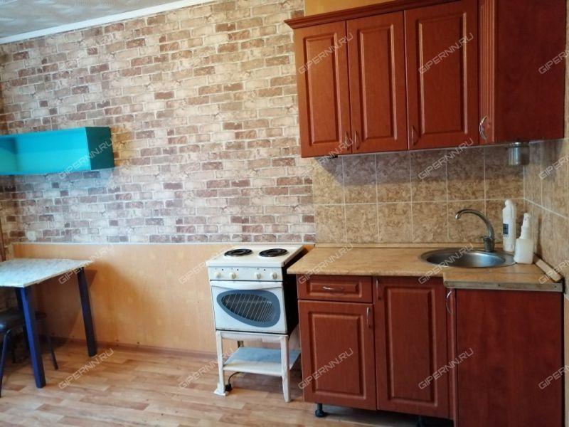 комната в доме 15А на Молодёжной улице город Дзержинск